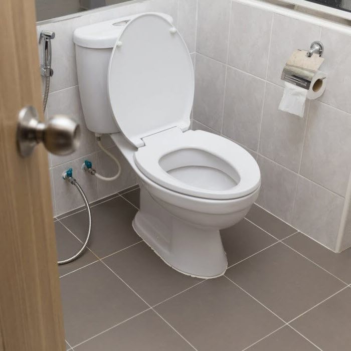 We-unblock-toilets-throughout-the-North-West
